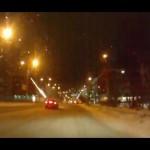 Loucura!! Russos soltando fogos de artifício dentro do carro!