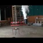 Grupo faz um curioso experimento unindo nitrogênio e bolinhas de ping-pong